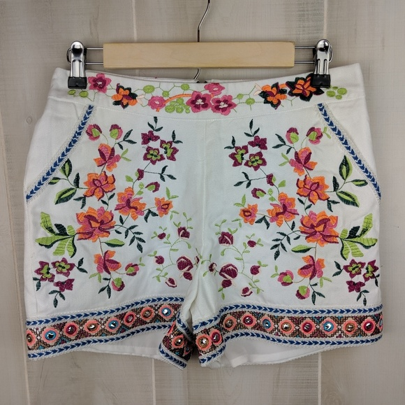 Boston Proper Pants - NWOT Boston Proper Embroidered Floral Shorts